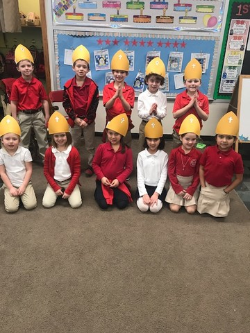 Sacred Heart School students in Mrs. Zoey 