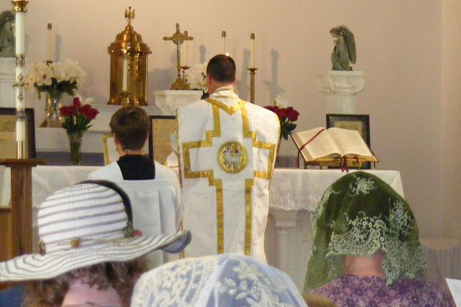 Father Kevin Drew, a priest of the Diocese of Kansas City-St. Joseph, offers Mass in the extraordinary form in Latin on May 6 in St. Rose of Lima Church in Novinger.