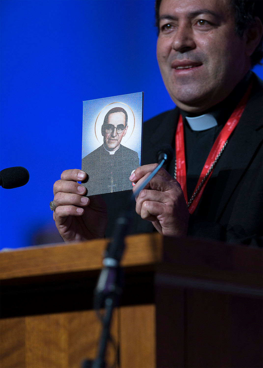 Bishop Constantino Barrera Morales of Sonsonate, El Salvador, talks about the Oct. 14 canonization of Blessed Oscar Romero during a Sept. 23 presentation at the Fifth National Encuentro in Grapevine, Texas.