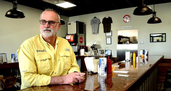 RANDY PARKER/THE DAILY TRIBUNE NEWS Bio - 4/08: Jim Pinkard.