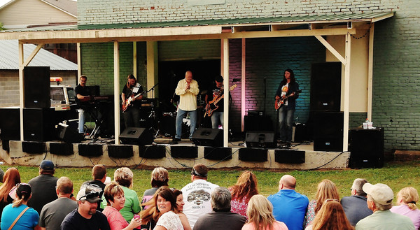 Champagne Jam entertains the crowd at a previous BBQ & Blues Festival in Adairsville.