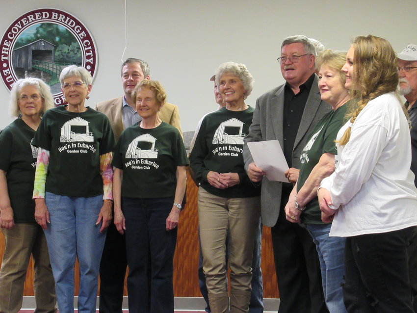 Mayor Steve Worthington read a proclamation honoring the Hoe'n in Euharlee Garden Club at Tuesday evening's city council meeting.