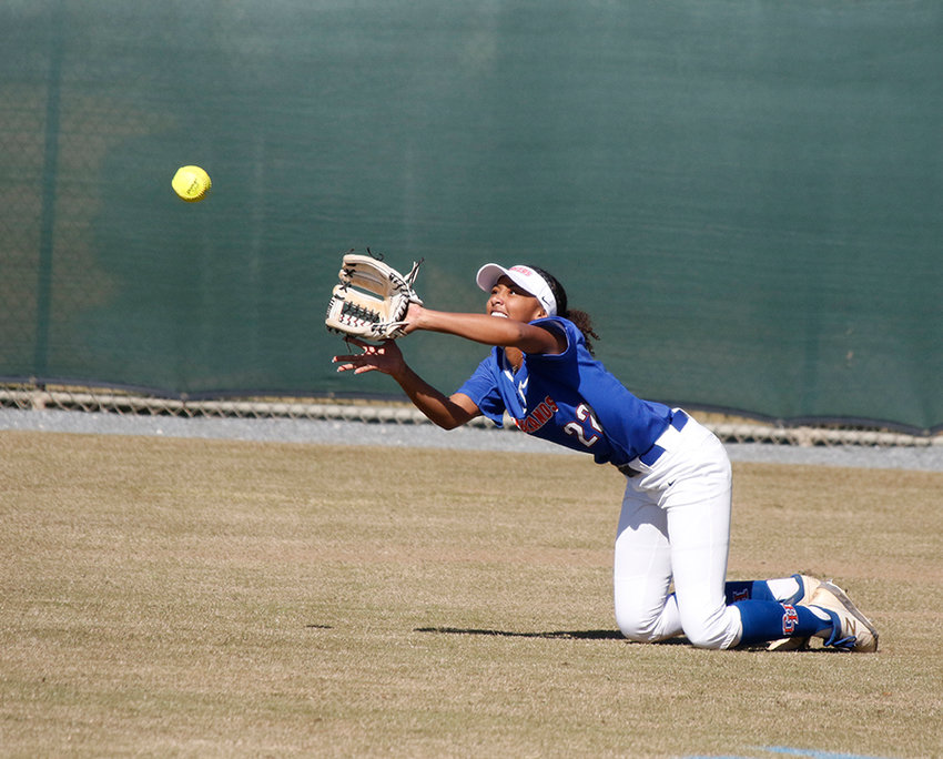 Georgia Highlands freshman outfielder Alexis Davis makes a catch during a game earlier this season.