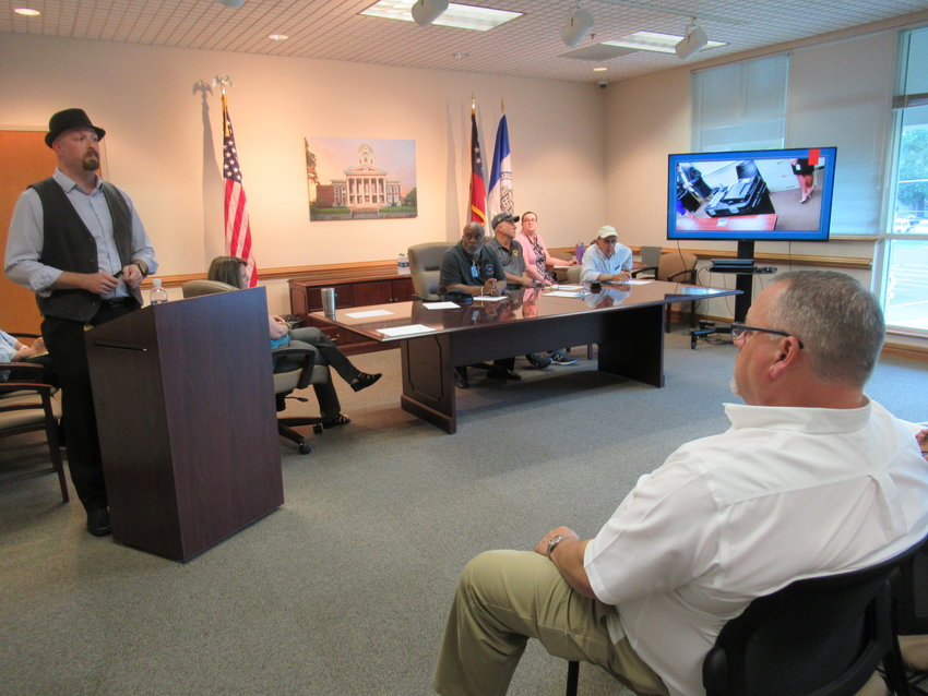 Bartow County Elections Supervisor Jospeh Kirk gave a preview of Georgia's new voting equipment at a presentation Tuesday afternoon.