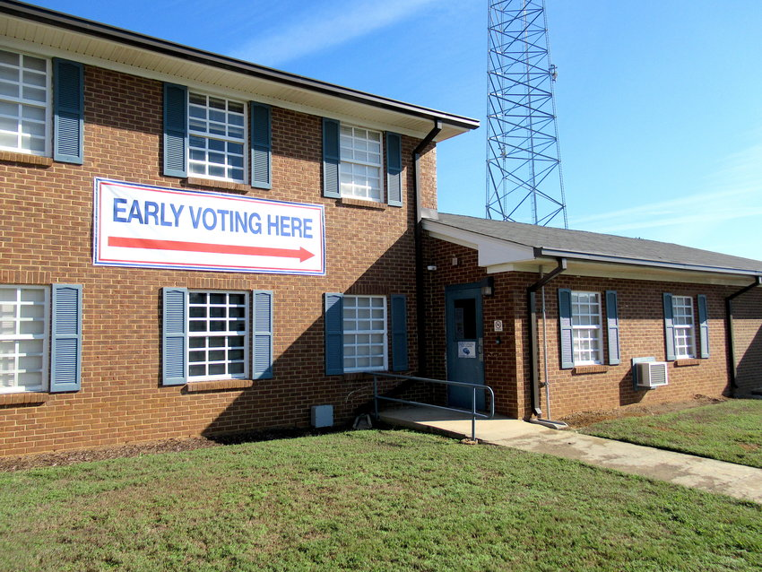 Considering the sparse advanced voting turnout, local officials aren't expecting huge crowds for Bartow County's municipal-level elections on Tuesday.