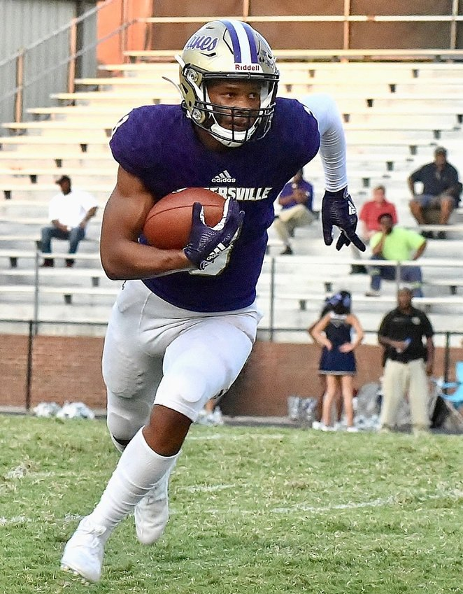 Evan Slocum runs with the ball during a game against Luella at Weinman Stadium on Sept. 6, 2019. Slocum announced his commitment to Wake Forest on Friday.