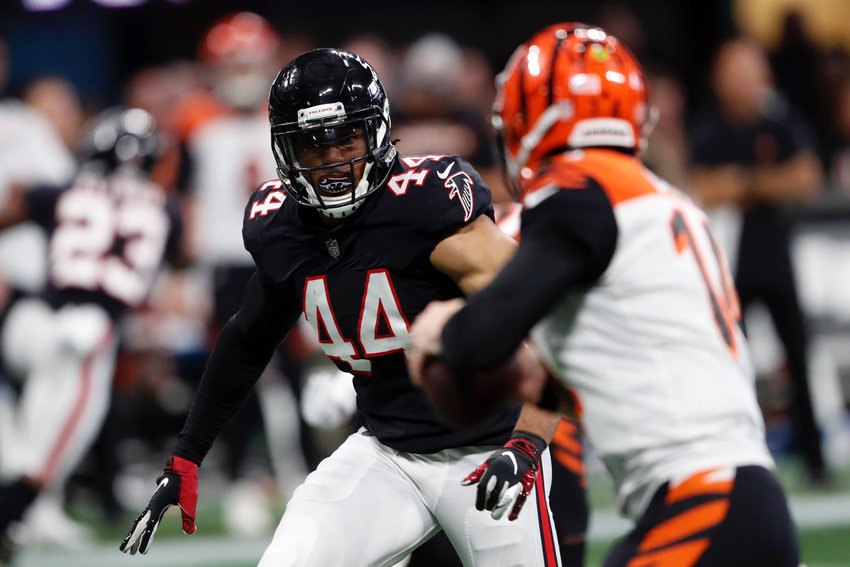 Former Adairsville Tiger and Atlanta Falcons linebacker Vic Beasley works against the Cincinnati Bengals during a game on Sept. 30, 2018, in Atlanta.