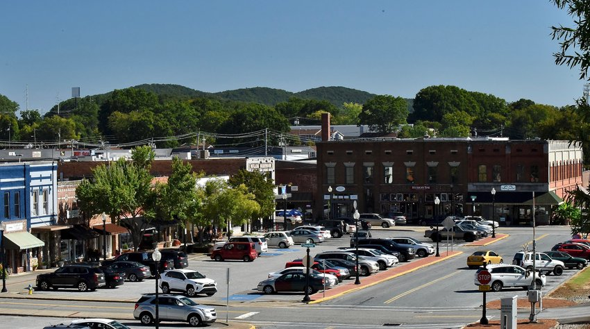 The Cartersville Downtown Development Authority's Be a Tourist in Your Town shopping campaign features a gift card giveaway with incentives to venture into downtown businesses and attractions.