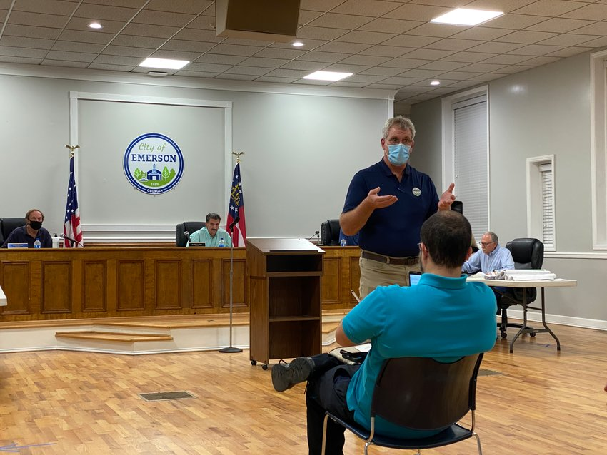 Emerson City Manager Kevin McBurnett speaks at Monday evening's public meeting.