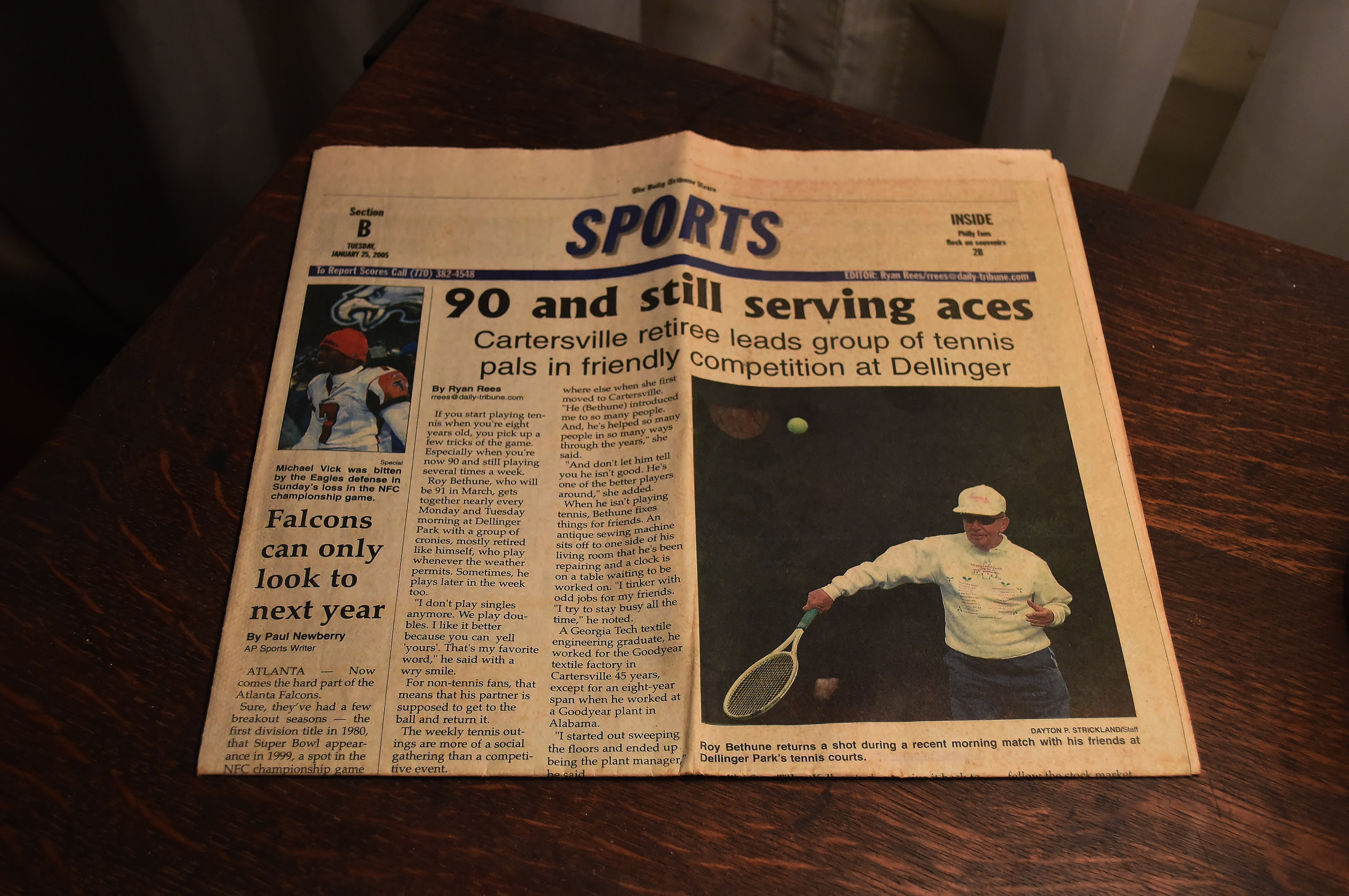 A January 2005 article in The Daily Tribune News about Bethune's tennis-playing days into his 90s.