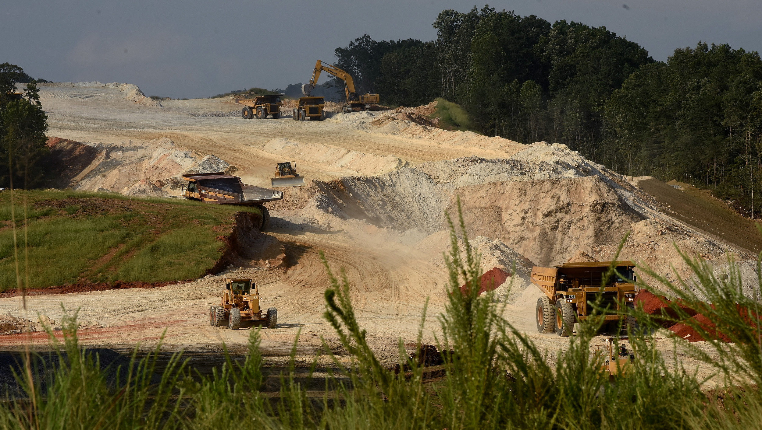 Looking north from Emerson, progress continues on the expansion of LakePoint as heavy equipment clears land on the west side of I-75 between the Emerson and Red Top Mountain Road exits.