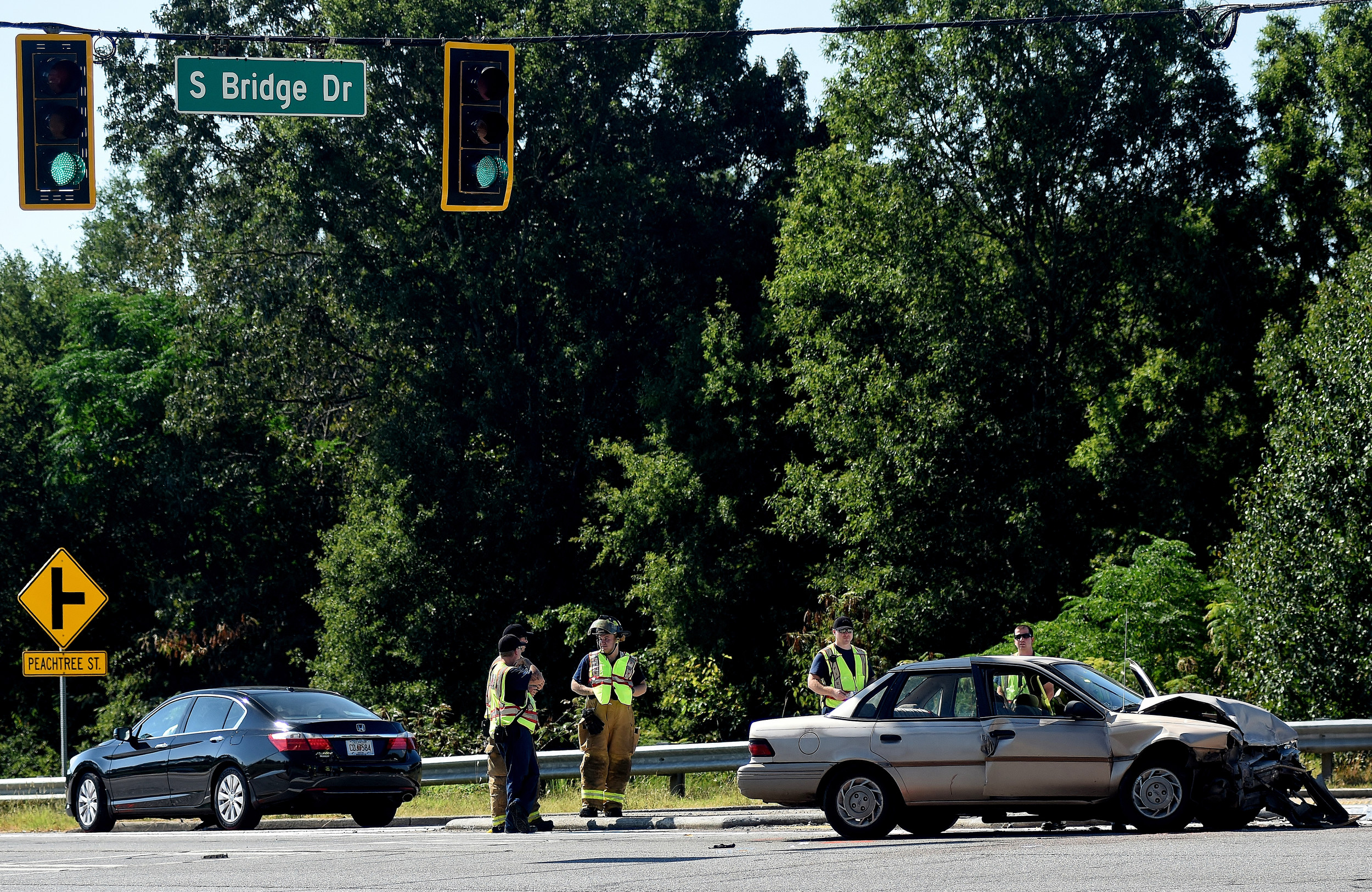 A wreck Friday morning at the intersection of Joe Frank Harris Parkway and South Bridge Drive in Cartersville resulted in one fatality and two other hospitalizations.