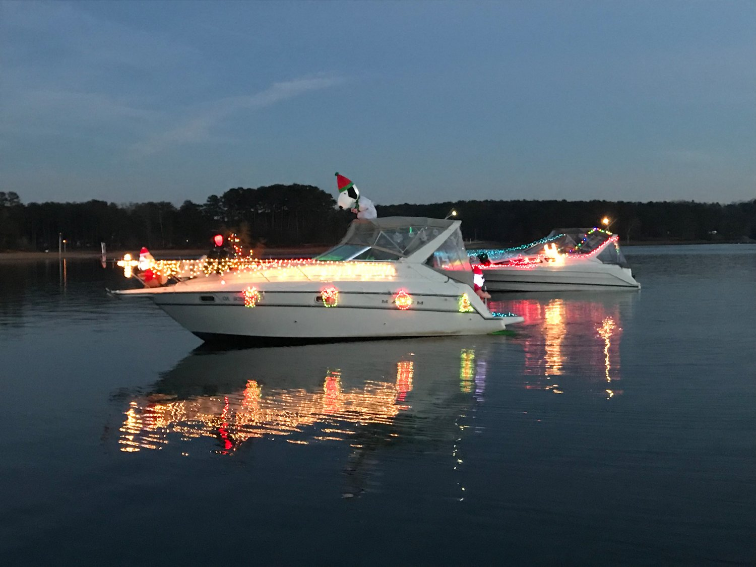 Christmas Boat.Lights On The Lake Parade Launches Saturday The Daily