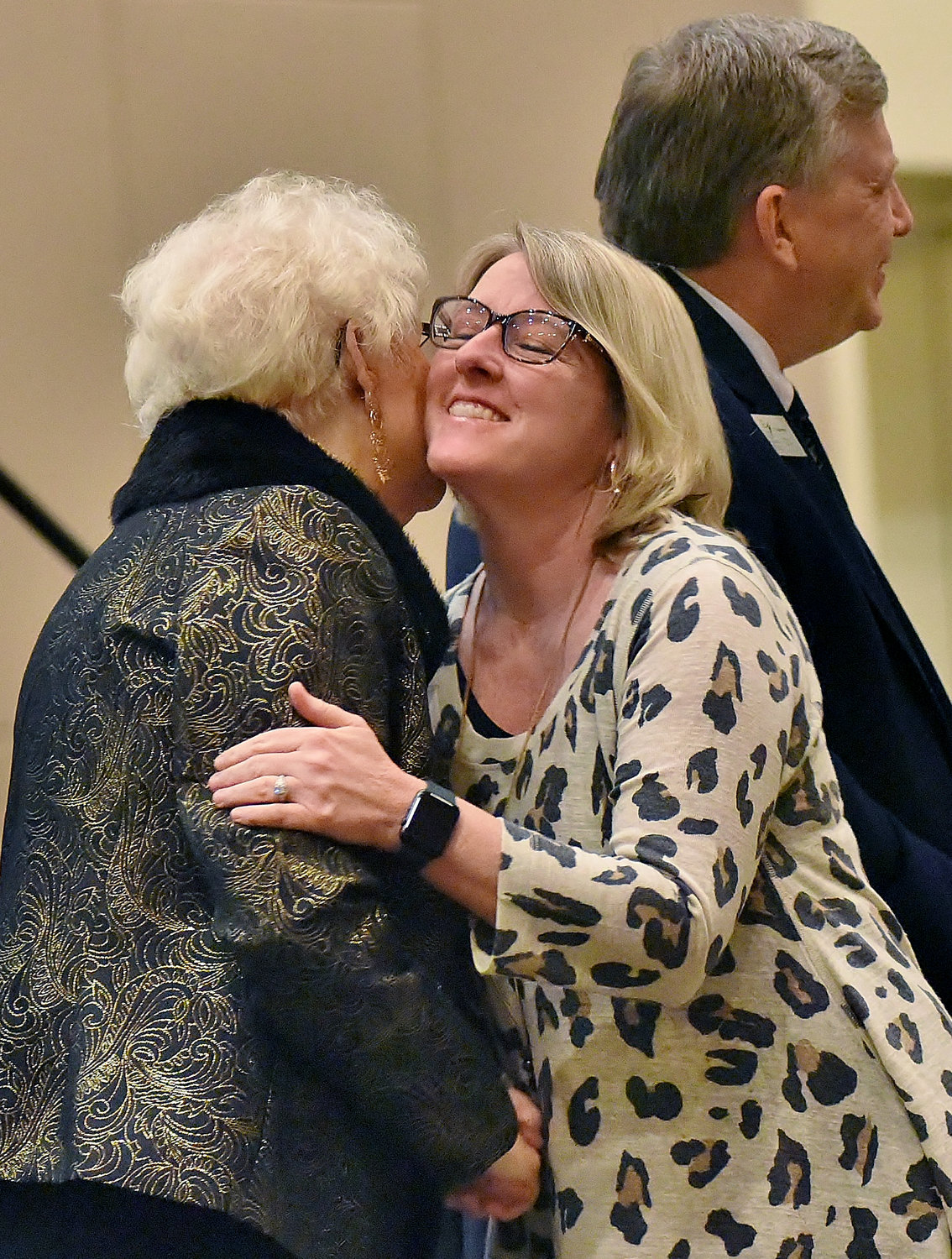 Clear Creek Elementary School teacher Shelly Abernathy hugs Bartow Education Foundation Executive Director Dot Frasier at the 2018-19 Teacher Grant Banquet Tuesday at the Clarence Brown Conference Center.