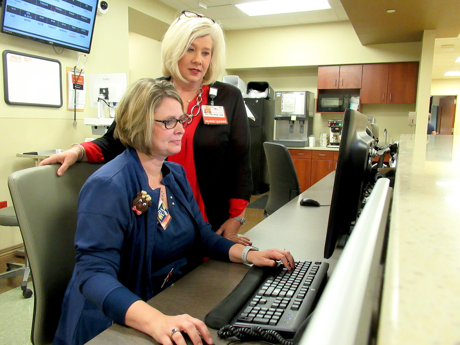 From left, Cartersville Medical Center's Emergency Department Director Heather Clement and Chief Nursing Officer Jan Tidwell.