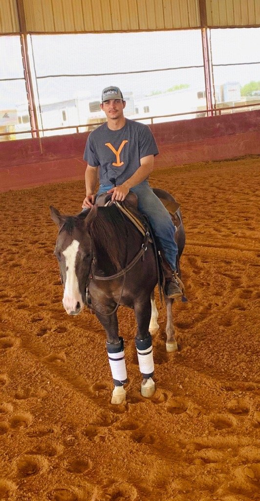 Former Cartersville High baseball standout and MLB draft pick Devin Warner is spending the offseason on a Texas horse ranch after his sophomore season was cut short due to the coronavirus.