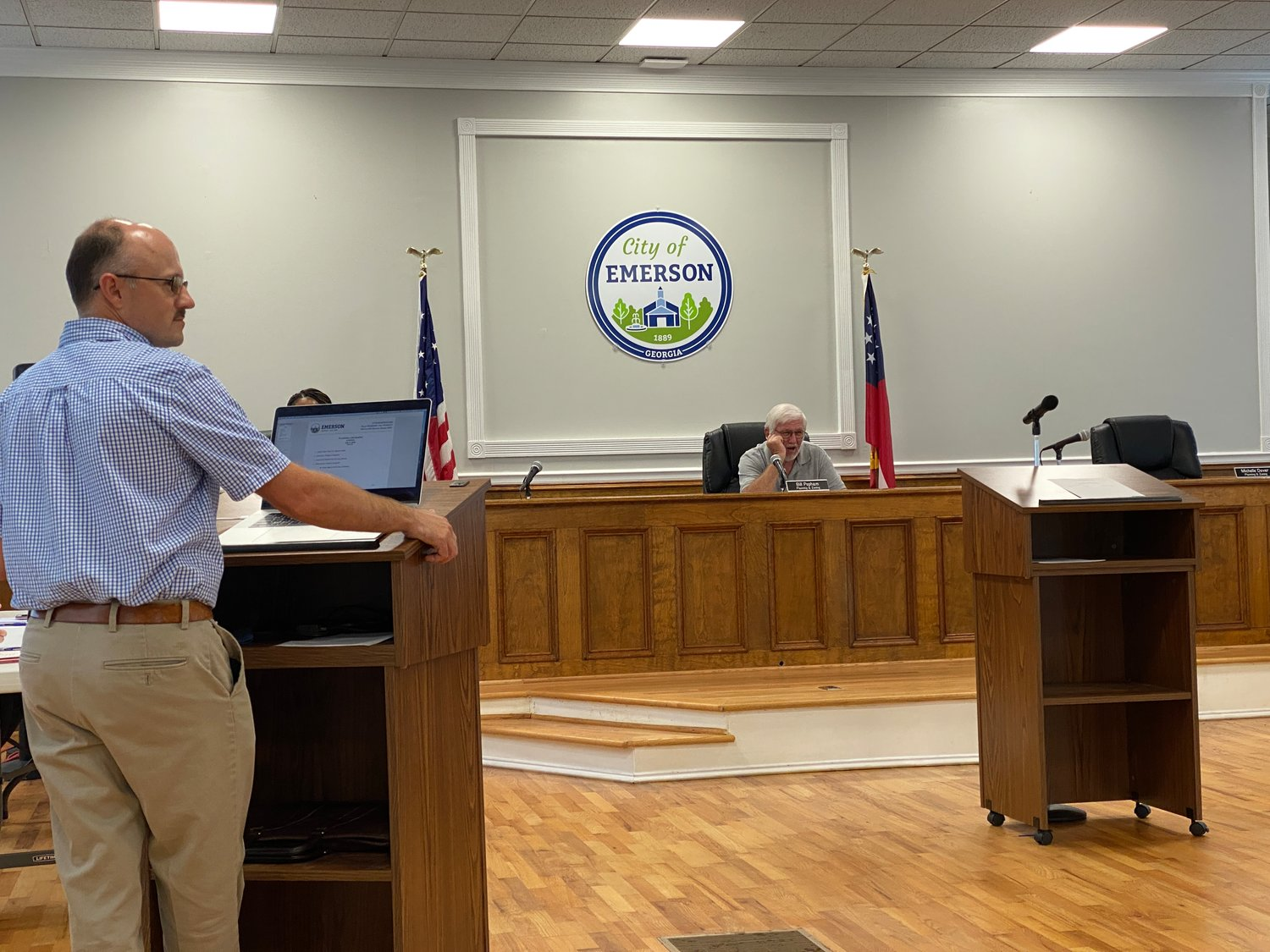 Assistant City Manager Todd Heath, left, speaks at Thursday evening's Emerson Planning and Zoning Commission meeting.
