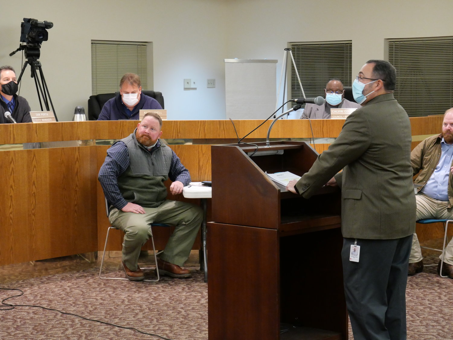 Cartersville Planning and Development Director Randy Mannino takes the podium at Thursday evening's council meeting.