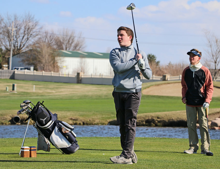 Arlington golfer Andy Misfeldt reacts to his tee shot Wednesday at Stone Creek Golf Course.