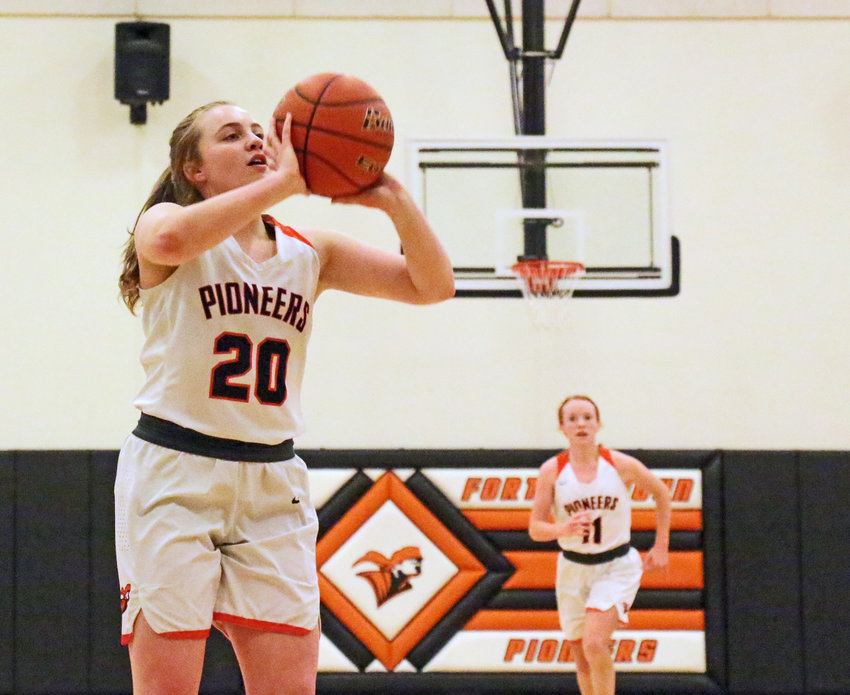 Pioneers junior Rianna Wells puts up a shot Monday at Fort Calhoun High School.