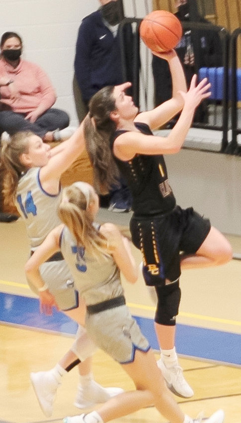 Kennedy Benne shot 40.1% in 2-pointers, 38.0% in 3-pointers, and 60.4% from the line for Briar Cliff this season.  The former Oakland-Craig Lady Knight was named Honorable Mention All GPAC.