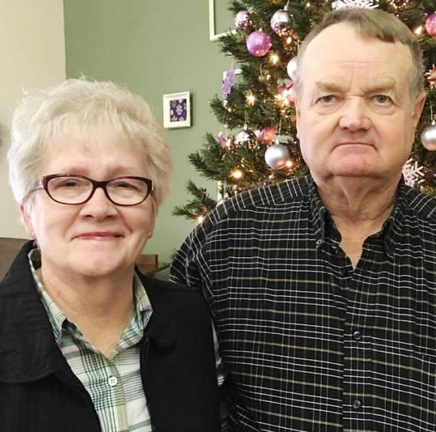 Darwin and Linda Peterson