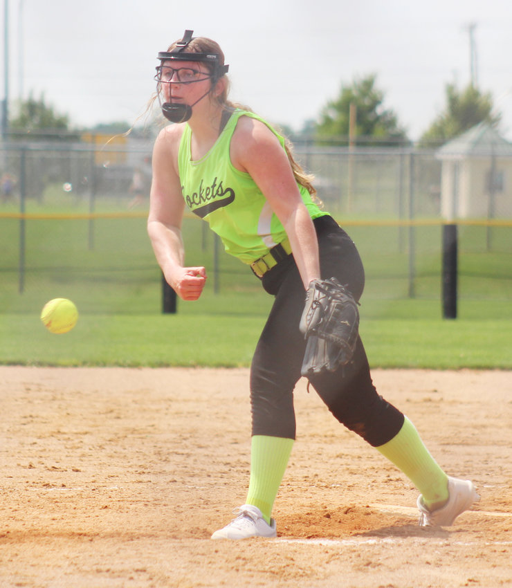 Morgan Ray went 5 innings in the Rockets win over the Lincoln Outlaws striking out 9, walked 2 and allowed 3 runs on 5 hits. Playing injured she went 13 innings for the tourney striking out 22 and walking 7 with 2 hit batters.