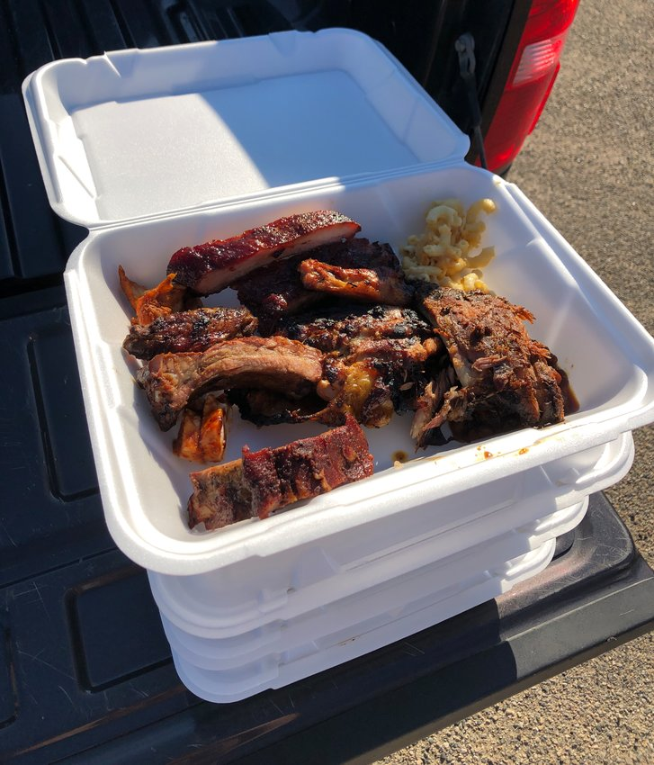 If you came hungry, you definitely didn't leave that way. The food was all-you-can-eat, and there were eight teams' meats to try.