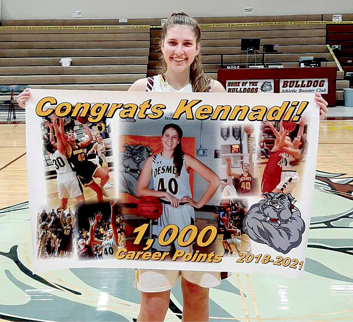 Kennadi Buchholz, a junior, scored her 1,000 career point during the De Smet/Howard game on Saturday.