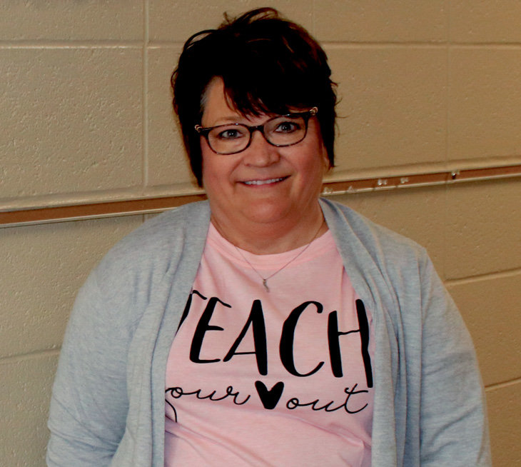 """""""Teach your heart out."""" A very appropriate t-shirt on the last day of school and Tammy Albrecht's last day as a teacher. Albrecht's career spans 33 years of teaching. She student taught in De Smet, taught the first grade for two years then fourth grade for thirty years. Albrecht is looking forward to spending more time with her five grandchildren."""