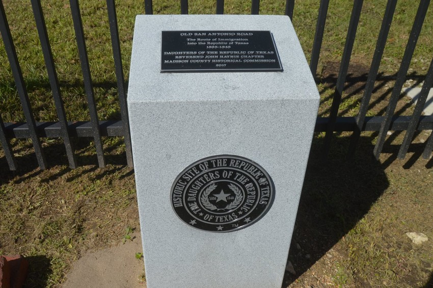 A memorial medallion marking ceremony was held on Saturday in Midway for the historic route of Old San Antonio Road (OSR).
