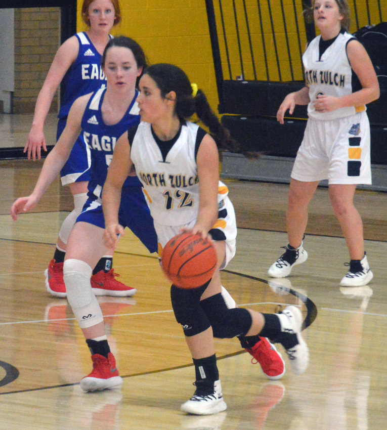 Cheyenne Walin of North Zulch maneuvers around the arc during a Lady Bulldogs home game at NZHS.