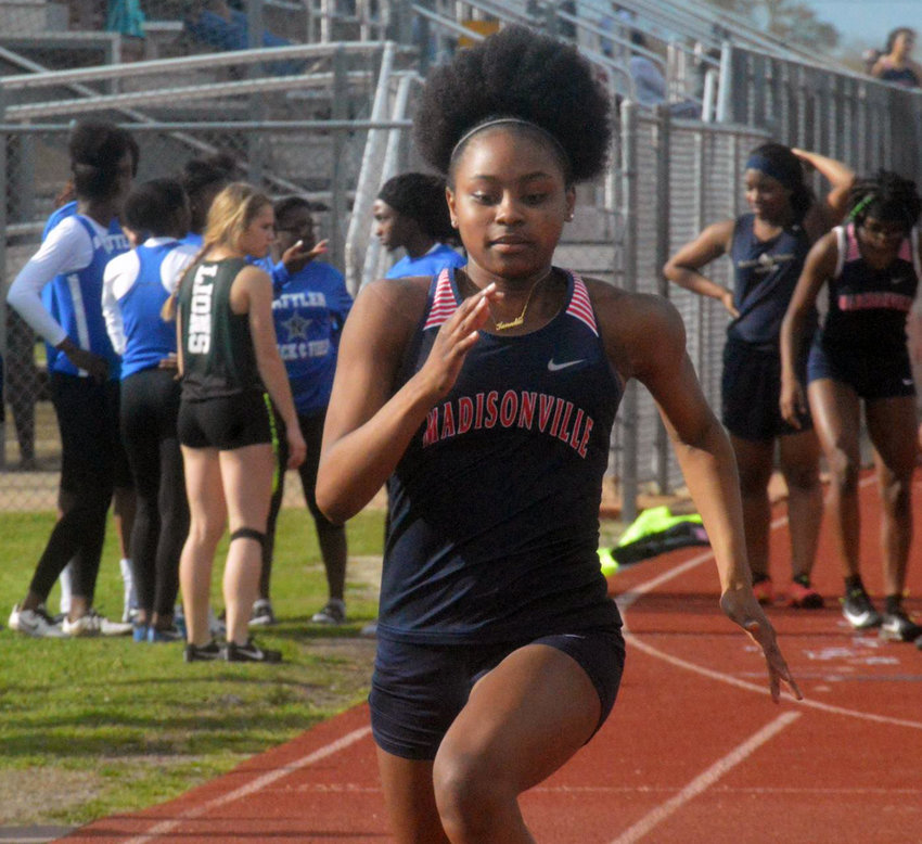 Kenndie Moffett competes at the Mustang Relays in 2019.