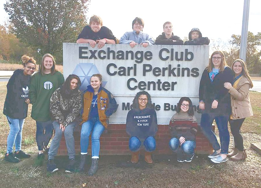 Pictured are (L to R): Front Row — Nastassja Williams, Olivia Thompson, Jasmine Hilliard, Kailey Freeman, Diamond King, Brandy Krebs, Caroline Moore and Cara Chadwick; Back Row — Eric Hampton, Brayden Sneed, Ricky Woods and John Ventrice.