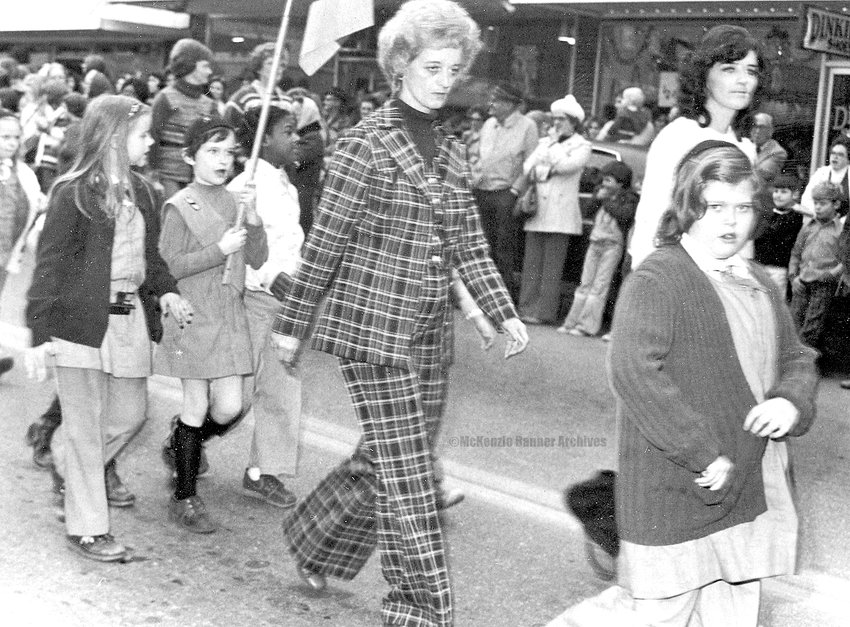 Elizabeth Barlow accompanies Girl Scouts in the 1979 McKenzie Christmas Parade.