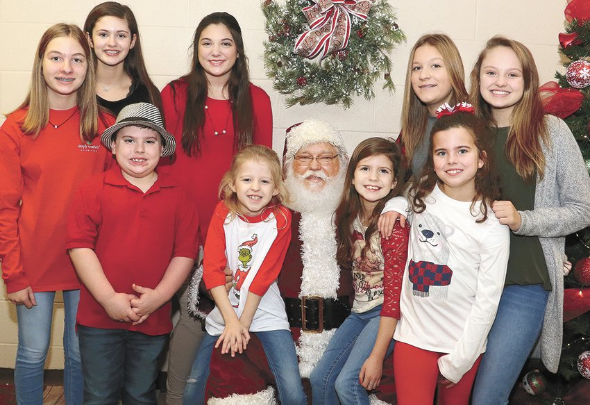 Lilly Sumrok, Lola Sumrok, Brett Toombs, Marlee Toombs, Ava Warman, Reid Warman, Allie Laser, Lauren Laser, and Avery Warman.