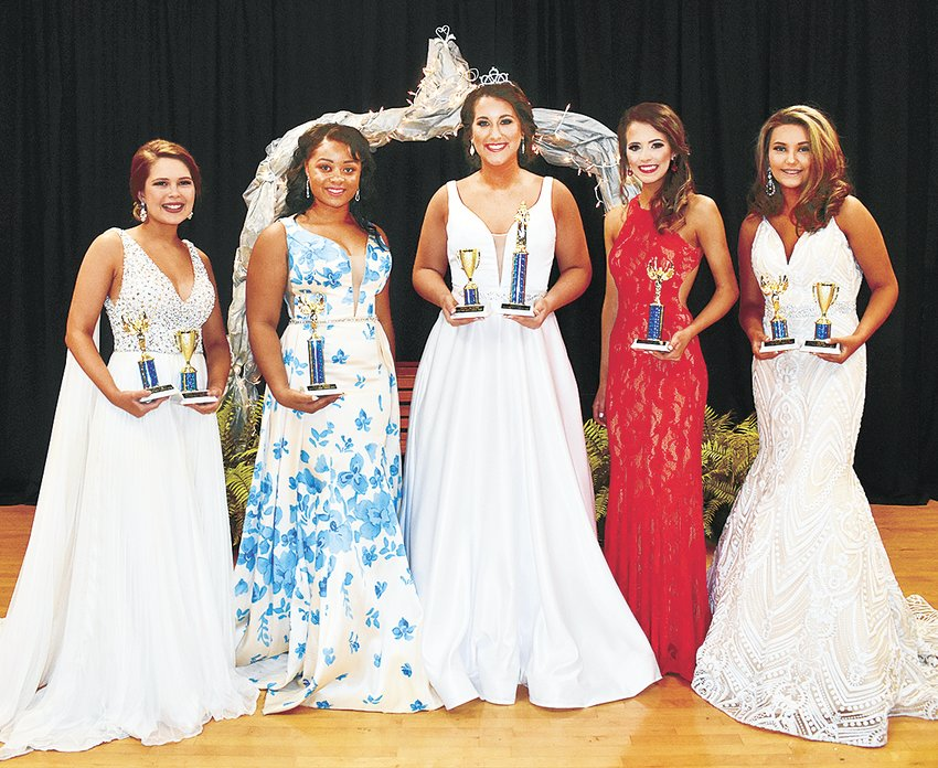 Miss West Carroll High School Royalty (L to R): Third Maid Brooklyn Polinski, freshman daughter of Jessica Estes and Tommy Polinski; First Maid Ashley Myles, junior daughter of Allison and Cedric Myles; Queen Shelby Browning, senior daughter of Jody and Amanda Browning; Second Maid Kayce Stafford, senior daughter of Brad and Amber Stafford; and Fourth Maid Macy Springer, freshman daughter of John and Michelle Springer.