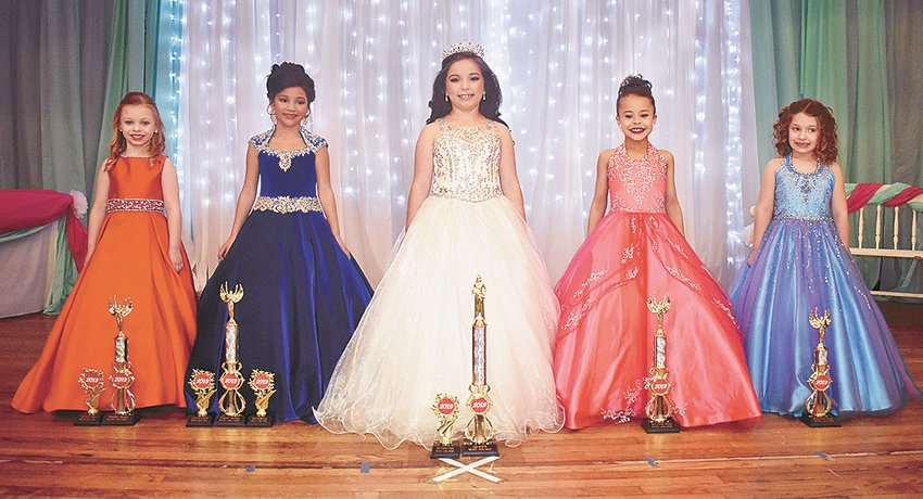 Miss West Carroll Primary Royalty (L to R): Third Maid Shaylee Bymun, 6, daughter of Shane and Michelle Bynum; First Maid Jasmin Dodd, 7, daughter of Nick and Mery Dodd; Queen Callie Bryant, 7, daughter of Nick and Mandy Bryant; Second Maid Aaliyah Coleman, 6, daughter of Amanda White and Teri Coleman; and Fourth Maid Emily Kramer, 6, daughter of Jeremy and Melissa Kramer.