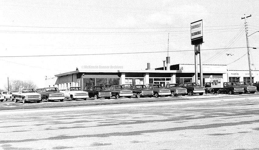 Russell Chevrolet-Olds, Highland Drive, McKenzie.