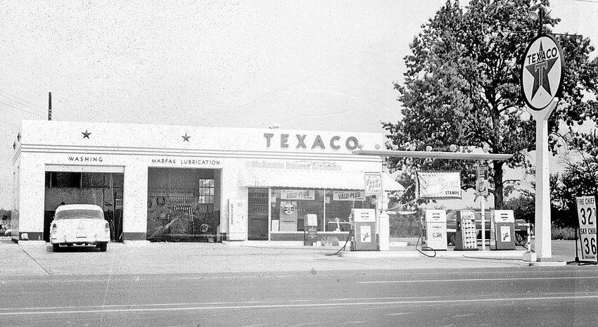 Nunnery's Texaco, Highland Drive, late 1950s.