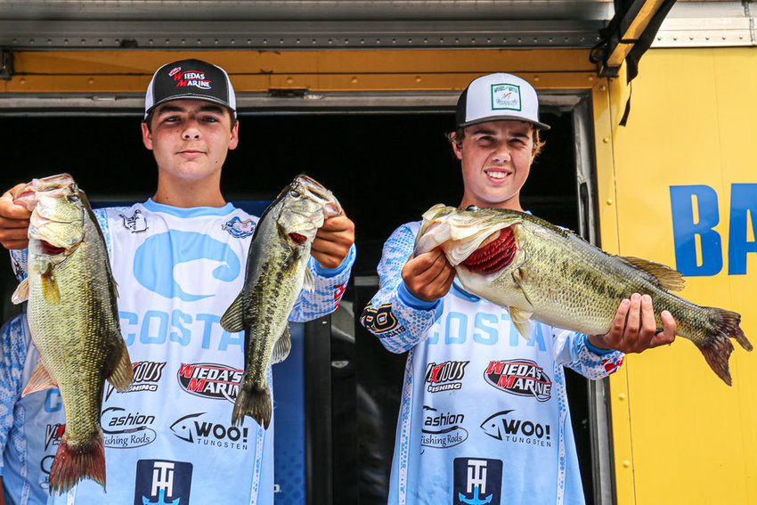Please visit Bassmastermedia.com for more information.  View this email in your browser    Hunter Alexander and Hayden Hammond of the Rowan Jr. Club out of North Carolina lead Day 1 of the 2019 Bassmaster Junior Championship at Carroll County 1,000 Acre Recreational Lake out of Huntingdon, Tenn., with a total of 14 pounds, 4 ounces.