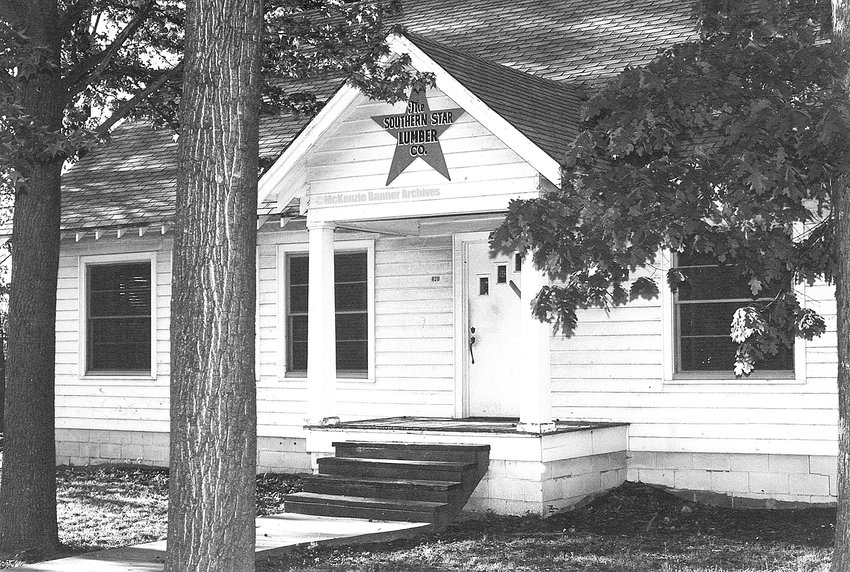 Southern Star Lumber Co. office, Magnolia Ave., early 1980s.