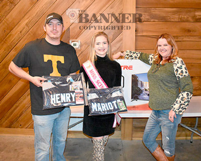 Live auction winners (L to R): Jeremy King, Olivia Arnold and Lisa Hawkins.