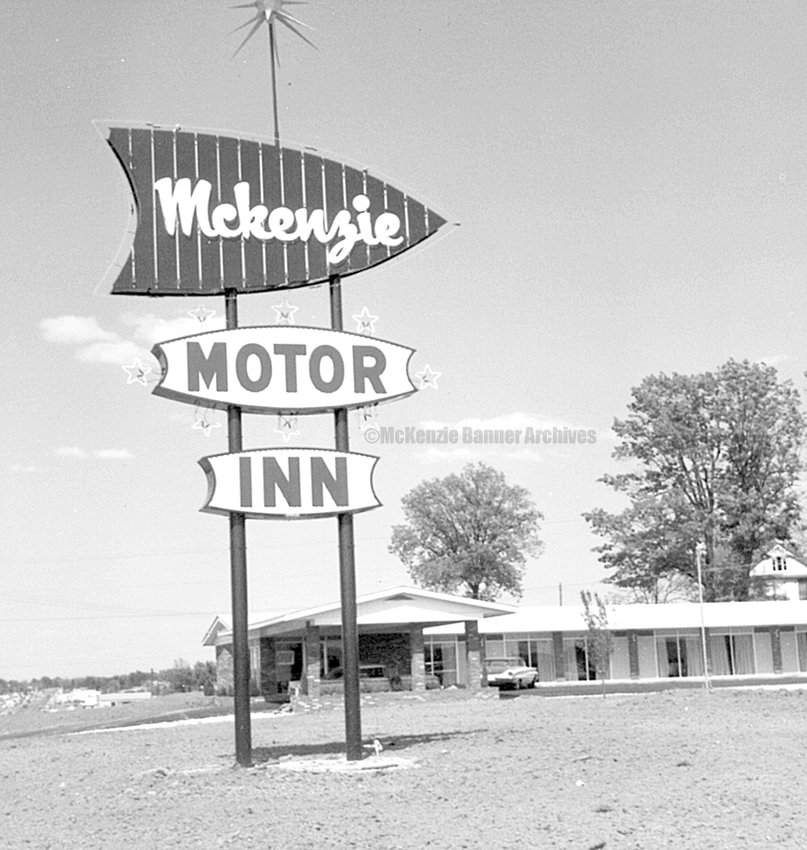 McKenzie Motor Inn was built in the 1960s at the intersection of U.S. 79 and Cherrywood.