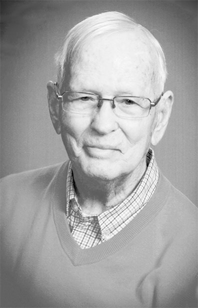 Oscar Raye Owen was active in the McKenzie community serving as treasurer of the McKenzie club for many years.
