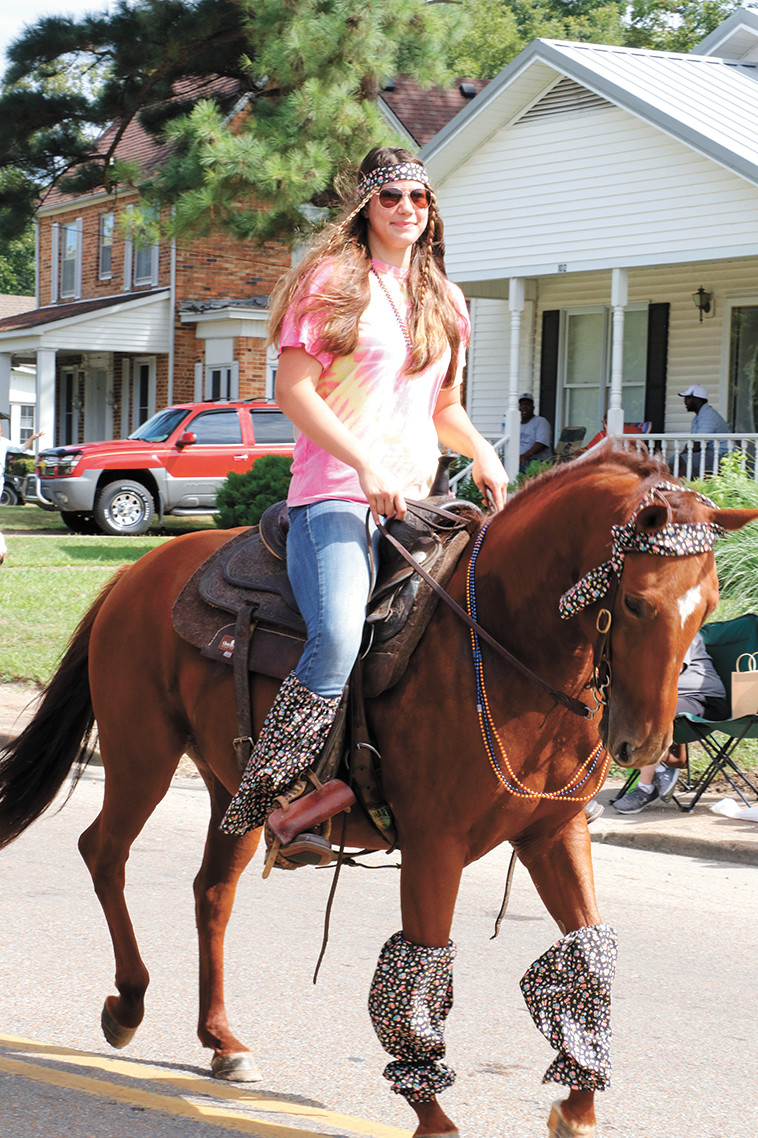 Anna Summers riding her horse.