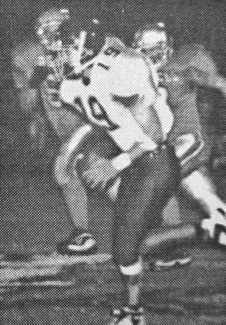 20 YEARS AGO — Mustang Jeff Pendergrass runs for a 68-yard touchdown in Huntingdon's 40-0 win over McKenzie.