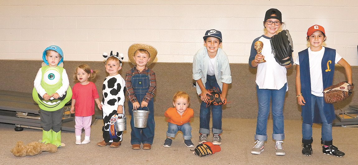 Family or Group - 3rd – Hayes and Lennon Haywood, 2nd – Tripp and Newland Hollowell, and  1st Aiden, Emma, Kaydynce, and Barrett.