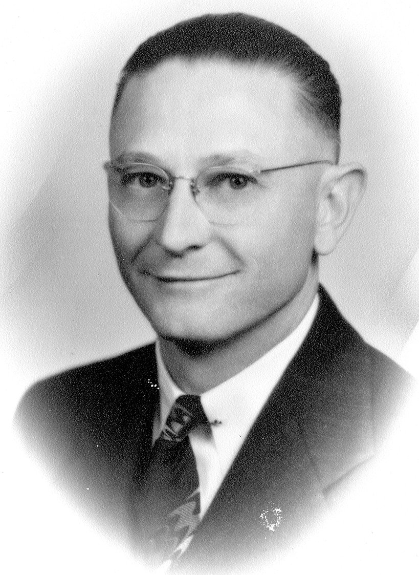 Glen A. King served five two-year terms as Mayor of McKenzie. He was a successful businessman in West Tennessee.