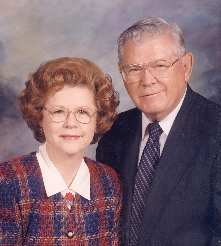 Dr. T. Howard Smith and his wife Marian Smith.